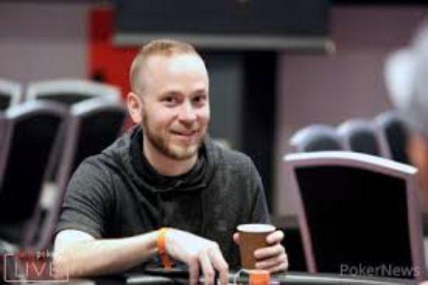 جیمز رومرو در مسابقات پارتی پوکر